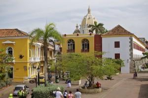 - Santa Teresa Plaza -